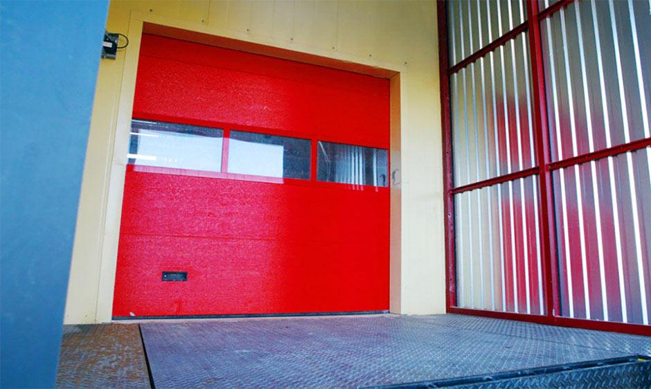 Промышленные ворота Alutech