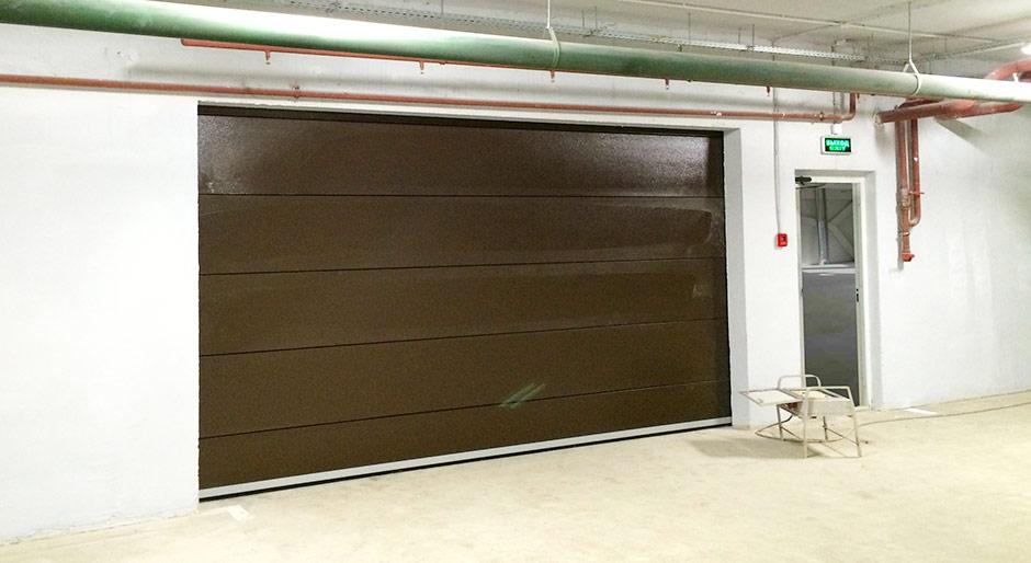ворота в подземный паркинг