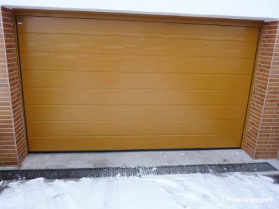 Ворота Hormann RAL 8001 L-гофр